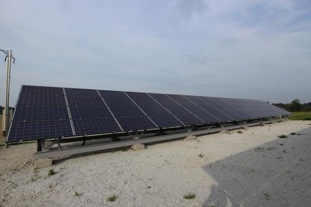 太陽光発電_0036 (640x427)